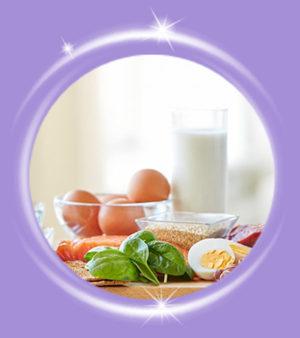 Consumir alimentos variados que contengan macro y micronutrientes